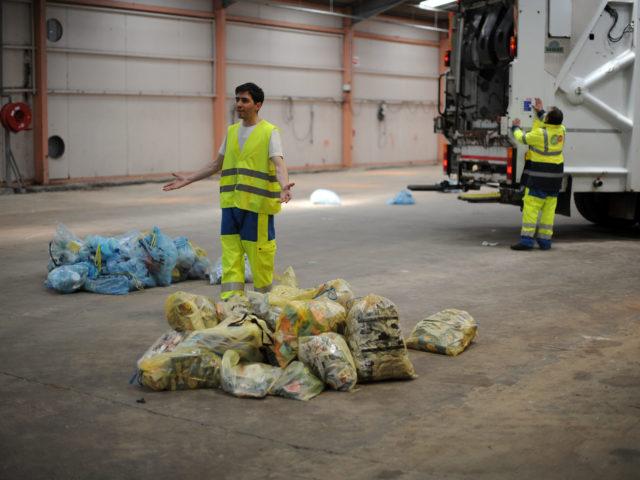 2013-05-27 Histoire d'un camion poubelle (23)